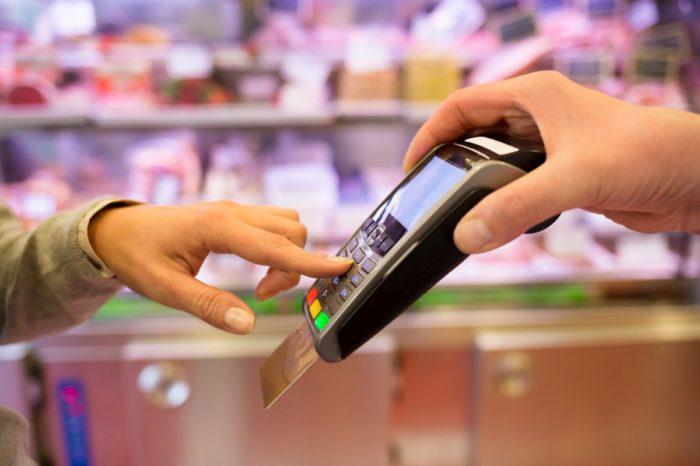 расчет кредиткой в магазине