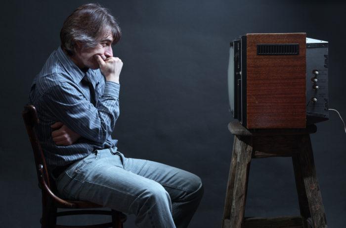 увлечение просмотром телевизора