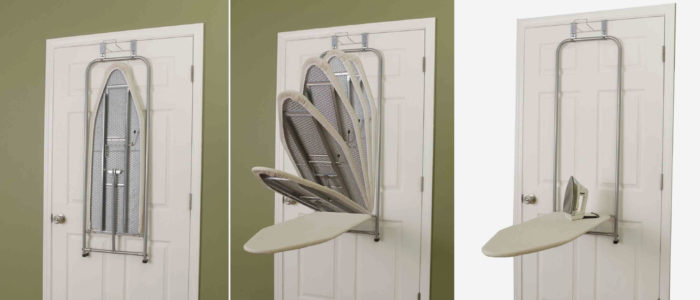 Гладильная доска за дверью