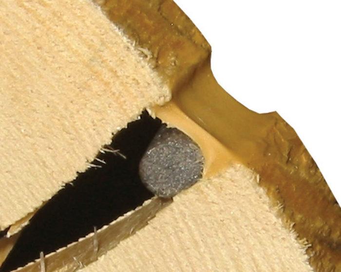 Герметик для заделки трещин в древесине сруба