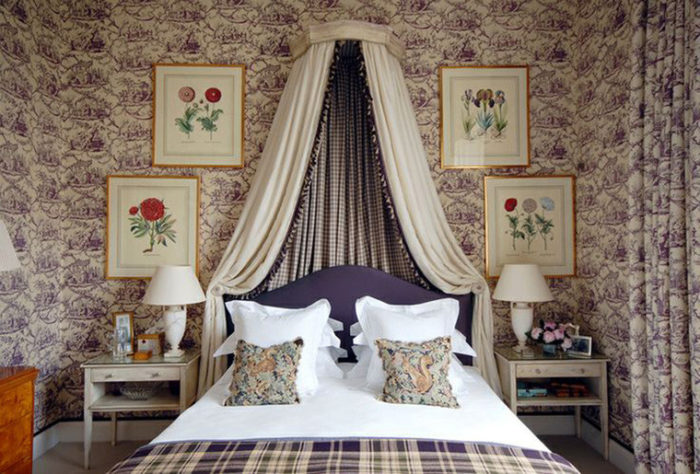 лишние предметы декора в спальне