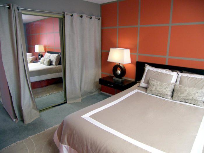 место зеркала в спальне