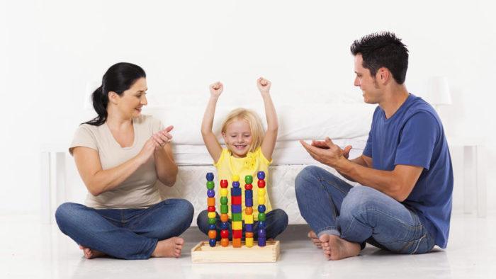 как хвалить своих детей