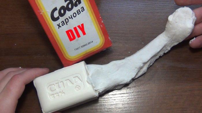 Слайм с мылом и содой