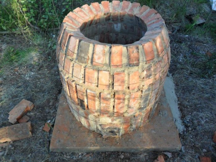 печка из старого кирпича