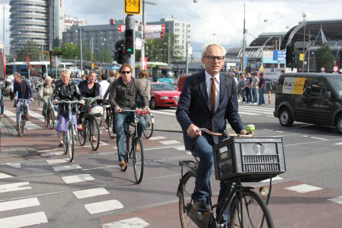 в польше ездят на велосипедах