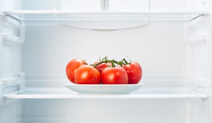 помидоры в холодильнике