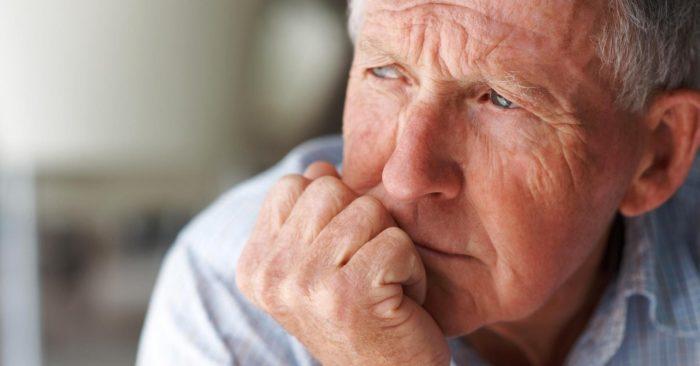 откуда берется запах старости