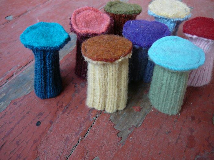 Шершавая сторона губки для защиты мебели от царапин