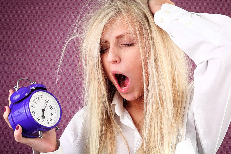 Сонная девушка смешные картинки