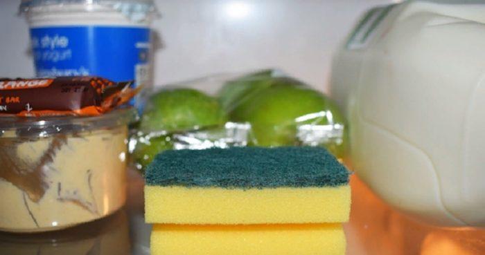 Кухонная губка ароматизатор в холодильнике