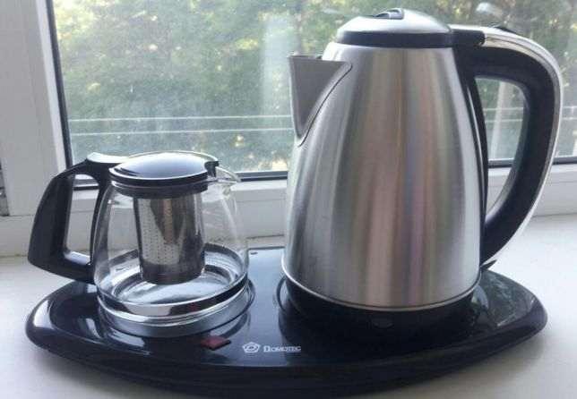 Заварочный чайник и кофеварка