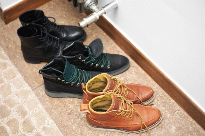 Обувь на выходе