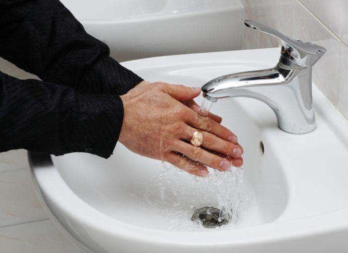 мойте руки чаще
